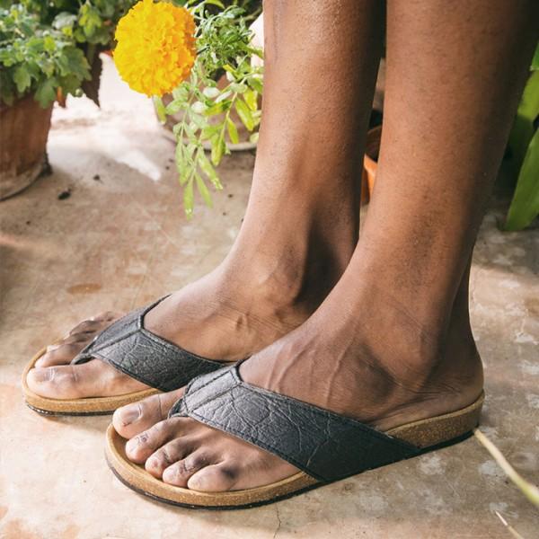 NAE Fair Trade Sandale Earth Pinatex